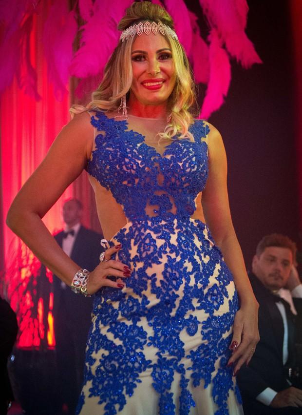 Angela Bismarchi em cena de 'O Outro Lado do Paraíso' (Foto: Divulgação/TV Globo)