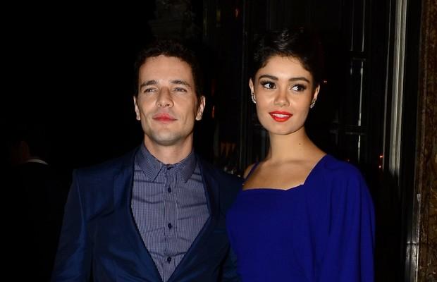 Daniel Oliveria e Sophie Charlotte em prêmio de cinema no Rio (Foto: Roberto Teixeira/ EGO)