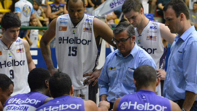 Paco García Mogi das Cruzes x São José NBB 7 (Foto: Bruno Rocha)