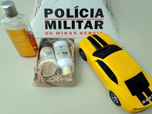 Ladrão com 'Camaro amarelo' furta delegacia após ser preso em Passos, MG (Foto: Helder Almeida / Clic Folha)