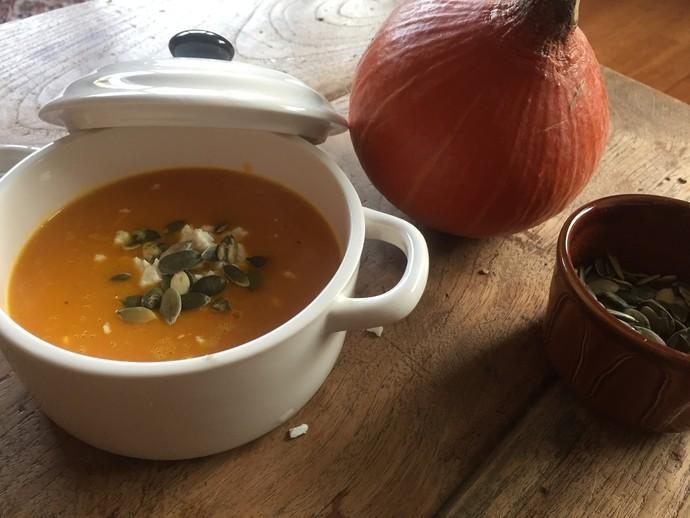 Sopas e caldos são perfeitos para essa época do ano. (Foto: Divulgação)