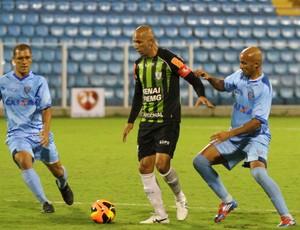 Avaí x América-MG Fábio Júnior Leandro Silva e Eduardo Costa (Foto: Jamira Furlani/ Avaí FC)