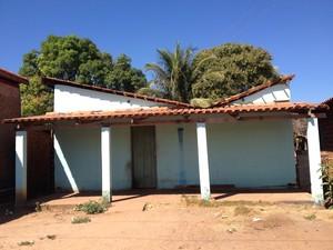 Casa onde aconteceu o incêndio em Miranorte (Foto: Elisangela Farias/G1)