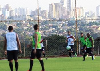 Joinville treino CT Vila Nova (Foto: José Carlos Fornér/JEC)