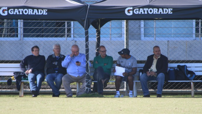 Odorico Roman Cesar Pacheco Romildo Bolzan Jr Roger Machado Paulo Rabaldo Márcio bolzoni Grêmio (Foto: Eduardo Moura/GloboEsporte.com)