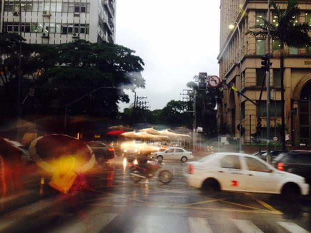 Semáforo queimado na Avenida Faria Lima  (Foto: Paulo Toledo Piza)