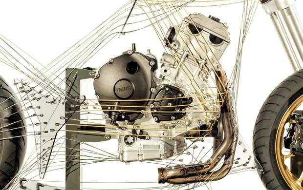 Protótipo três cilindros da Yamaha (Foto: Divulgação)