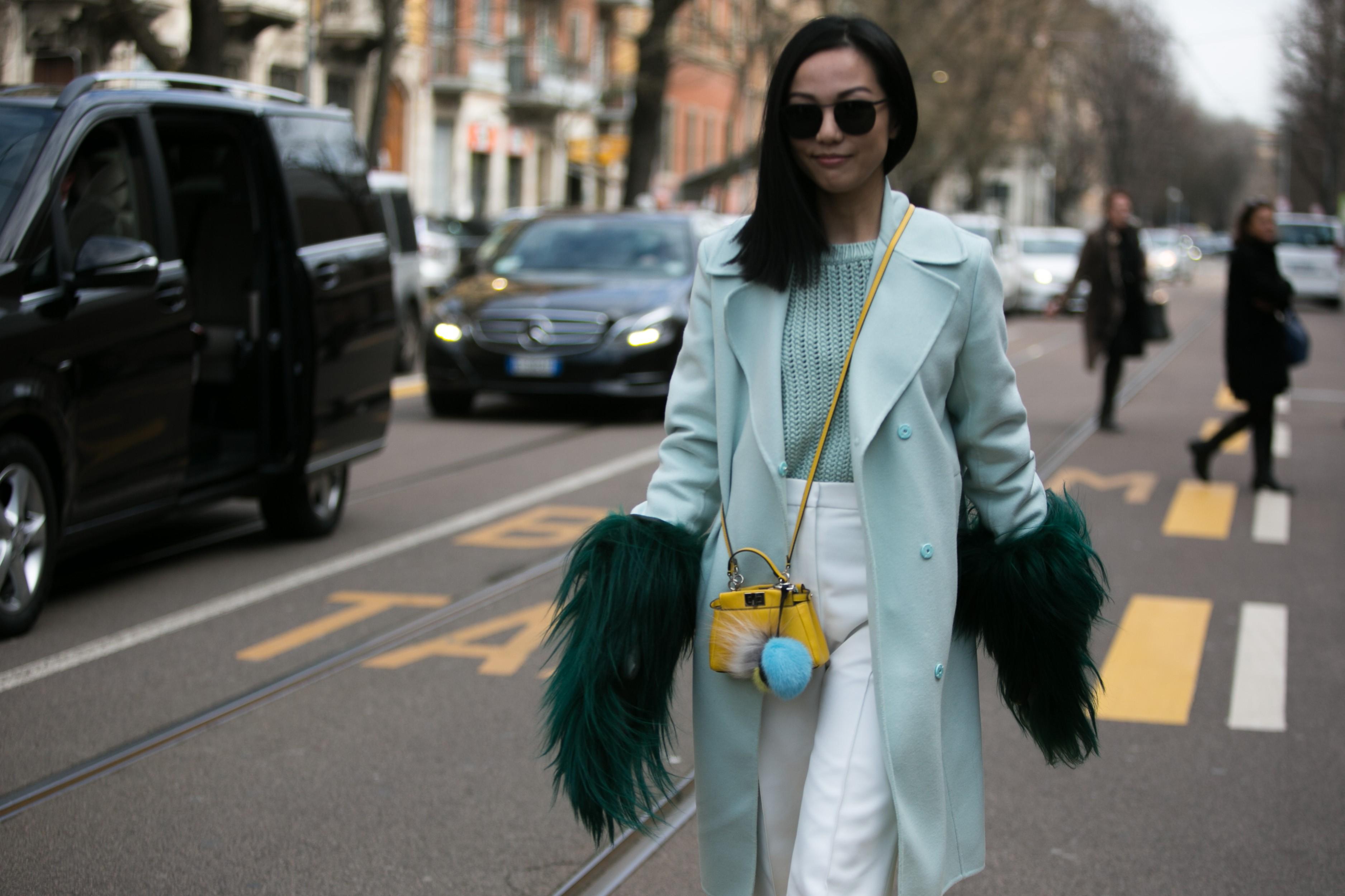 Streetstyle: a ordem é se divertir pelas ruas durante a semana de moda de Milão