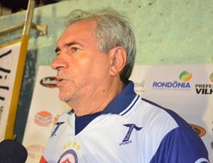 Técnico Marcos Birigui, do Vilhena (Foto: Jonatas Boni)