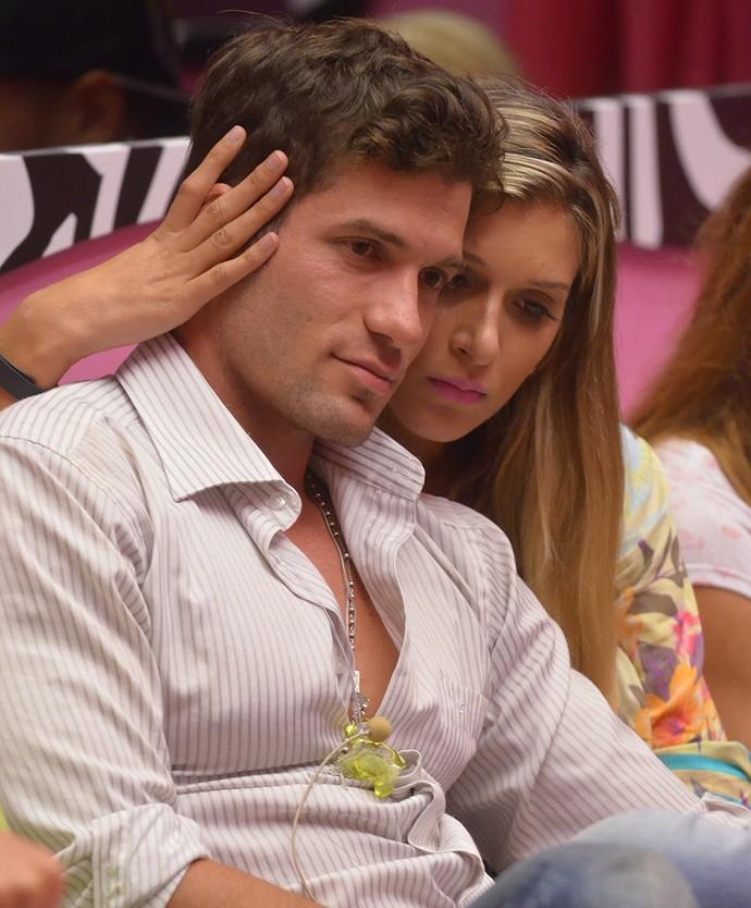 Roni e Tatiele BBB14 (Foto: TV Globo/Frederico Rozário)