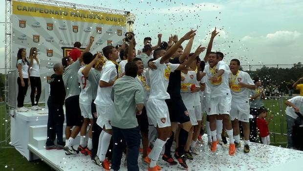 Desportivo Brasil campeão paulista sub-17 (Foto: Fernando Cesarotti/Globoesporte.com)