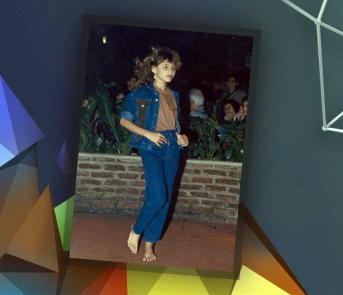 Fernanda Tavares mostra foto de desfile na infância (Foto: Reprodução)