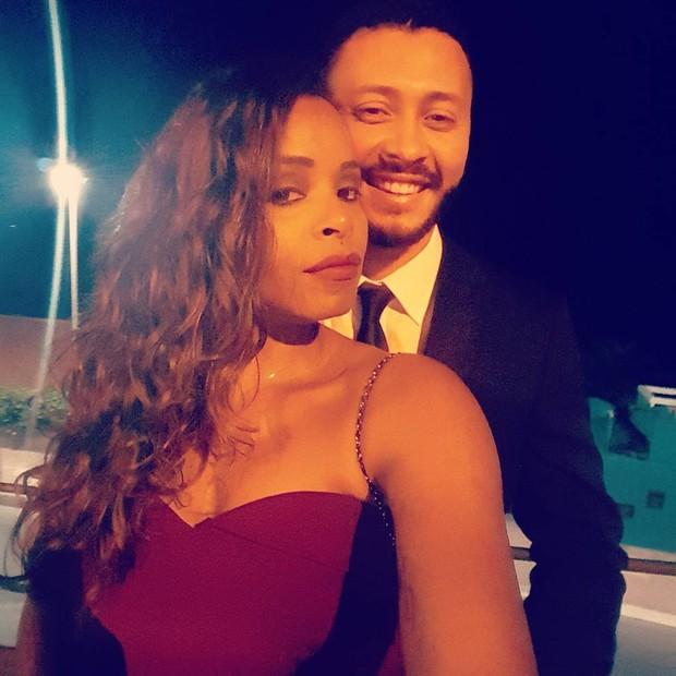 Roberta Rodrigues e o namorado, Guilherme Guimarães (Foto: Reprodução/Instagram)