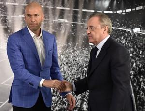 Zidane Florentino Perez Real Madrid (Foto: AFP)