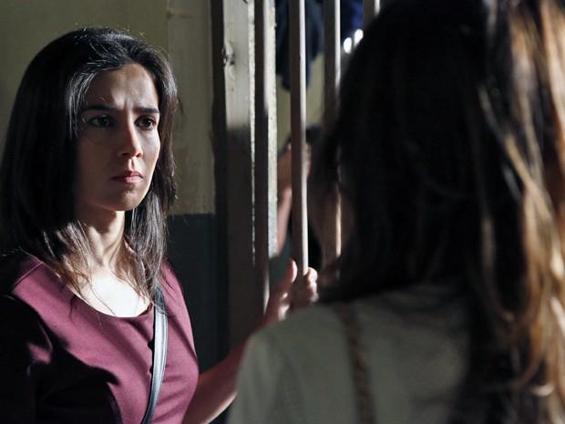 Cora briga com Danielle (Foto: Fábio Rocha/ Gshow)