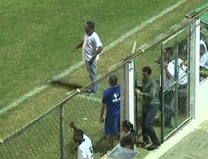 Lorival Santos expulso  (Foto: Reprodução/TV Gazeta)