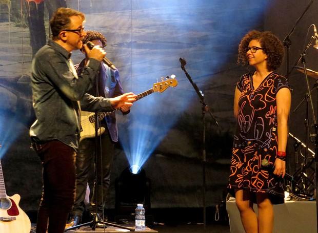 Nenhum de nós e Roberta Campos (Foto: Folha geral)