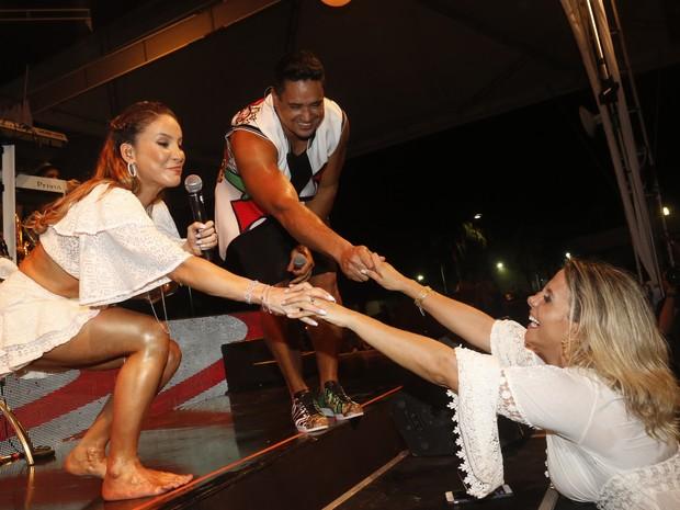 Claudia Leitte, Xanddy e Carla Perez em show em Salvador, na Bahia (Foto: Fred Pontes/ Brazil News)