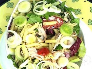 Salada Revigorante (Foto: Mais Você / GShow)