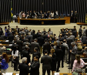 Na noite de terça-feira (11), a Câmara aprovou a criação de uma comissão externa para investigar a Petrobras (Foto: Valter Campanato / Agência Brasil)