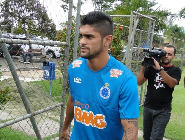 Luan treino Cruzeiro (Foto: Marco Antônio Astoni)