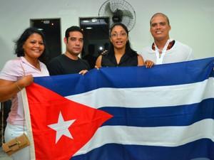 Médicos cubanos vindos pelo Programa Mais Médicos para Serra Talhada, Pernambuco (Foto: Papiro Comunicação/ Ascom PMST)
