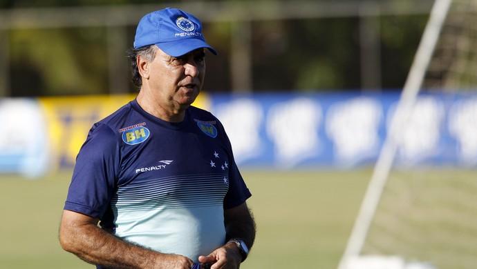 Marcelo Oliveira terá sete dias para montar o Cruzeiro para jogo contra Mineros, na Venezuela (Foto: Washington Alves / Light Press)