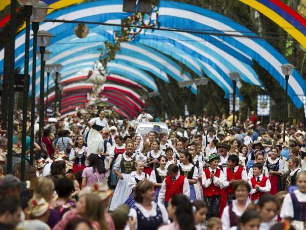 28ª Oktoberfest atrai grande número de turistas para Santa Cruz do Sul (Foto: Photus Estúdio)