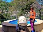 Flavia Sampaio malha de barriga de fora: 'Entre uma mamada e outra'