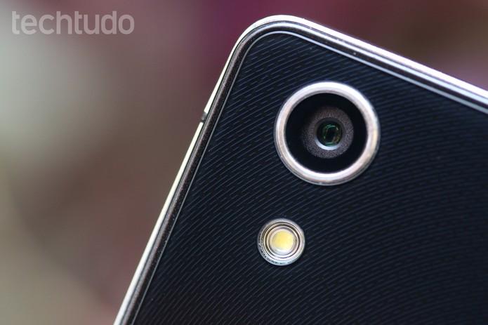 Huawei Ascend P7 (Foto: Lucas Mendes/TechTudo)