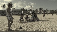 Trupe de Humor da Paraíba e o comportamento dos banhistas na praia