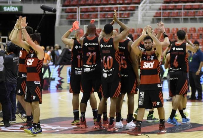 Flamengo x Bauru - final nbb, jogadores do Flamengo comemoram (Foto: André Durão/GloboEsporte.com)
