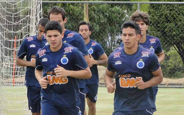 Diego Arias Cruzeiro (Foto: Marco Antônio Astoni/Globoesporte.com)