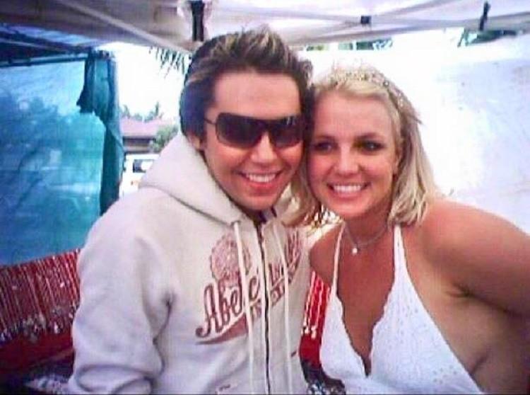 Bryan j encontrou Britney, sua musa inspiradora, trs vezes (Foto: Reproduo/Facebook)