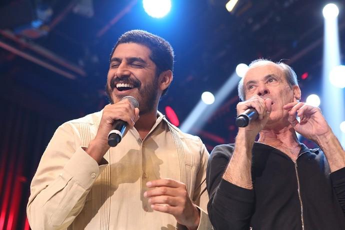 Criolo e Ney Matogrosso dividem o palco do 'Altas' (Foto: Carol Caminha/Gshow)