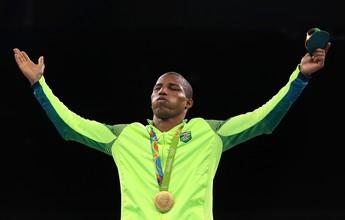 Sensei de sábado com medalhista de ouro no boxe Robson Conceição