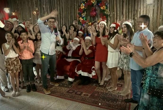 O Revista de Sábado deseja à todos um feliz natal! (Foto: Revista de Sábado / TV TEM)