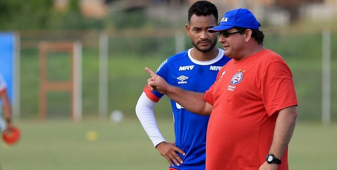 Guto Ferreira; Bahia; Jackson (Foto: Felipe Oliveira/EC Bahia/Divulgação)