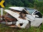 Batida entre dois carros mata três pessoas na MG-050 em Capitólio