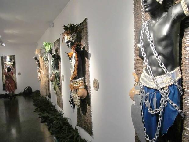 G1 Mostra Expoe Vestimentas De Orixas Mais Conhecidos Em Angra Dos