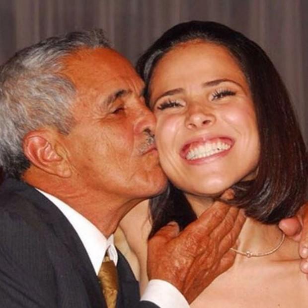 Wanessa Camargo com o avô, Francisco (Foto: Instagram / Reprodução)