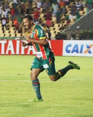 Atacante Jheimy marcou dois gols contra o Mogi Mirim e foi decisivo no duelo (Foto: Elias Auê/ Sampaio Corrêa)