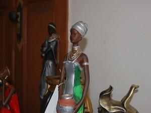 Exposição em Pará de Minas mostra peças feitas com ajuda de detentos (Foto: Prefeitura de Pará de Minas/Divulgação)