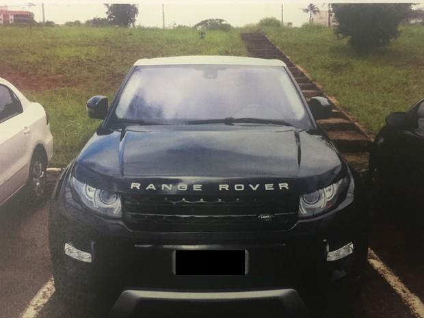Veículo utilizado por grupo para realizar os roubos de cargas (Foto: Polícia Civil/Divulgação)