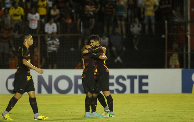 sport x sousa (Foto: Aldo Carneiro / Pernambuco Press)