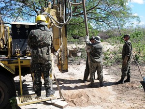 Cisterna terá capacidade para armazenar 10.000 litros de água (Foto: Exército Brasileiro)