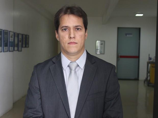 Delegado Laércio Evangelista comanda as investigações do caso (Foto: Gustavo Almeida/G1)