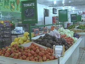 Produtos hortfrutgranjeiros Acre (Foto: Reprodução TV Acre)