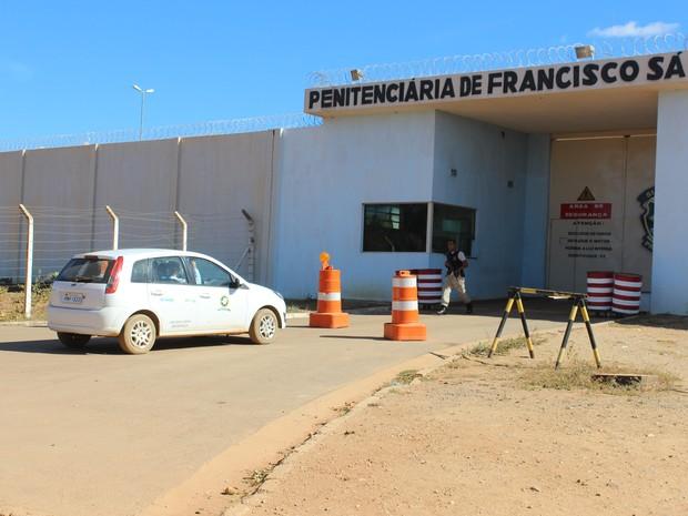 Advogados de defesa fizeram a primeira visita a Bruno na Penitenciária de Francisco Sá. (Foto: Valdivan Veloso / G1)