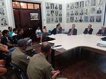 Encontro no Recife discute protocolo de ação em manifestações públicas (Foto: Luna Markman / G1)